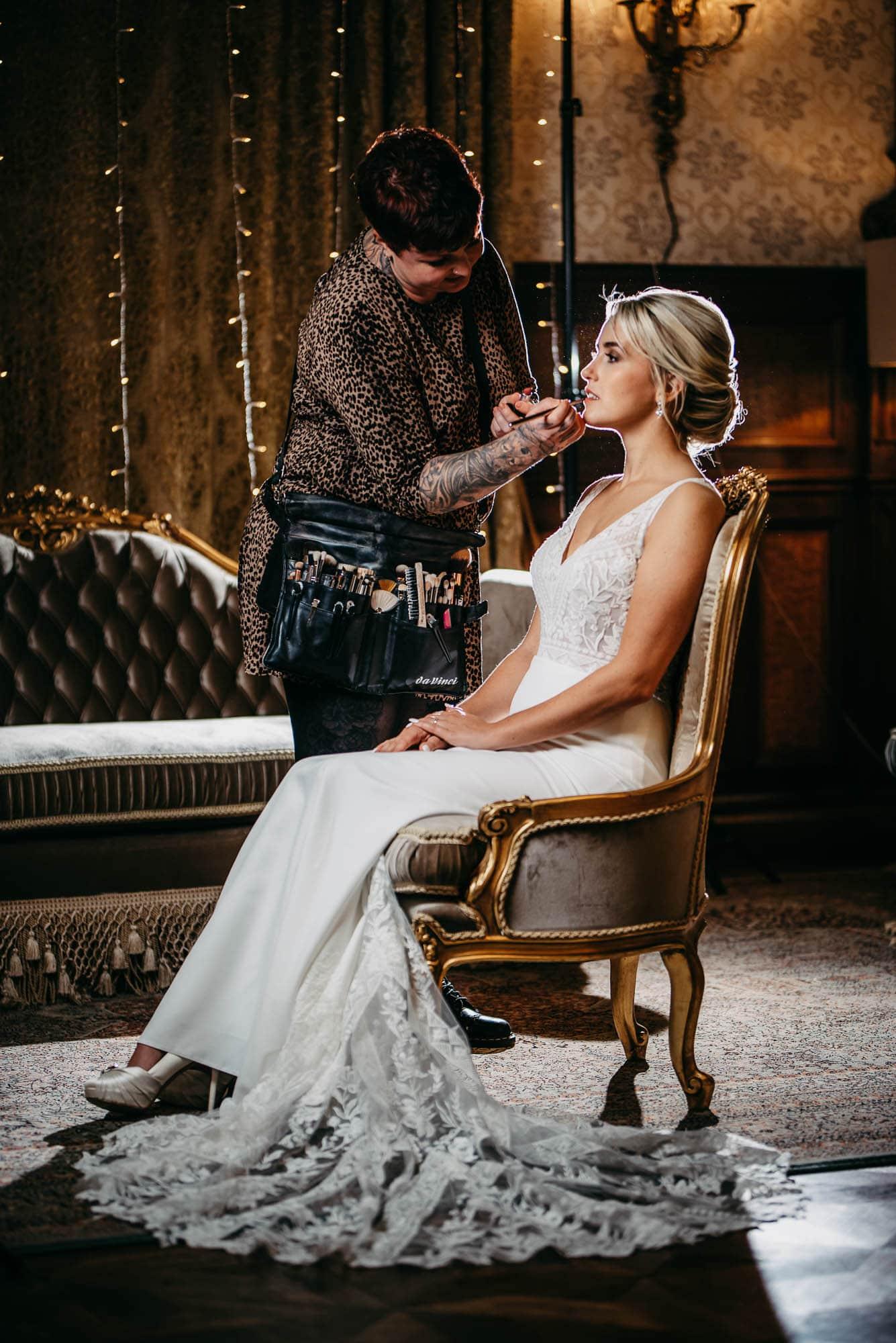 Hochzeit-Schloss-Lieser-Mosel-getting-ready