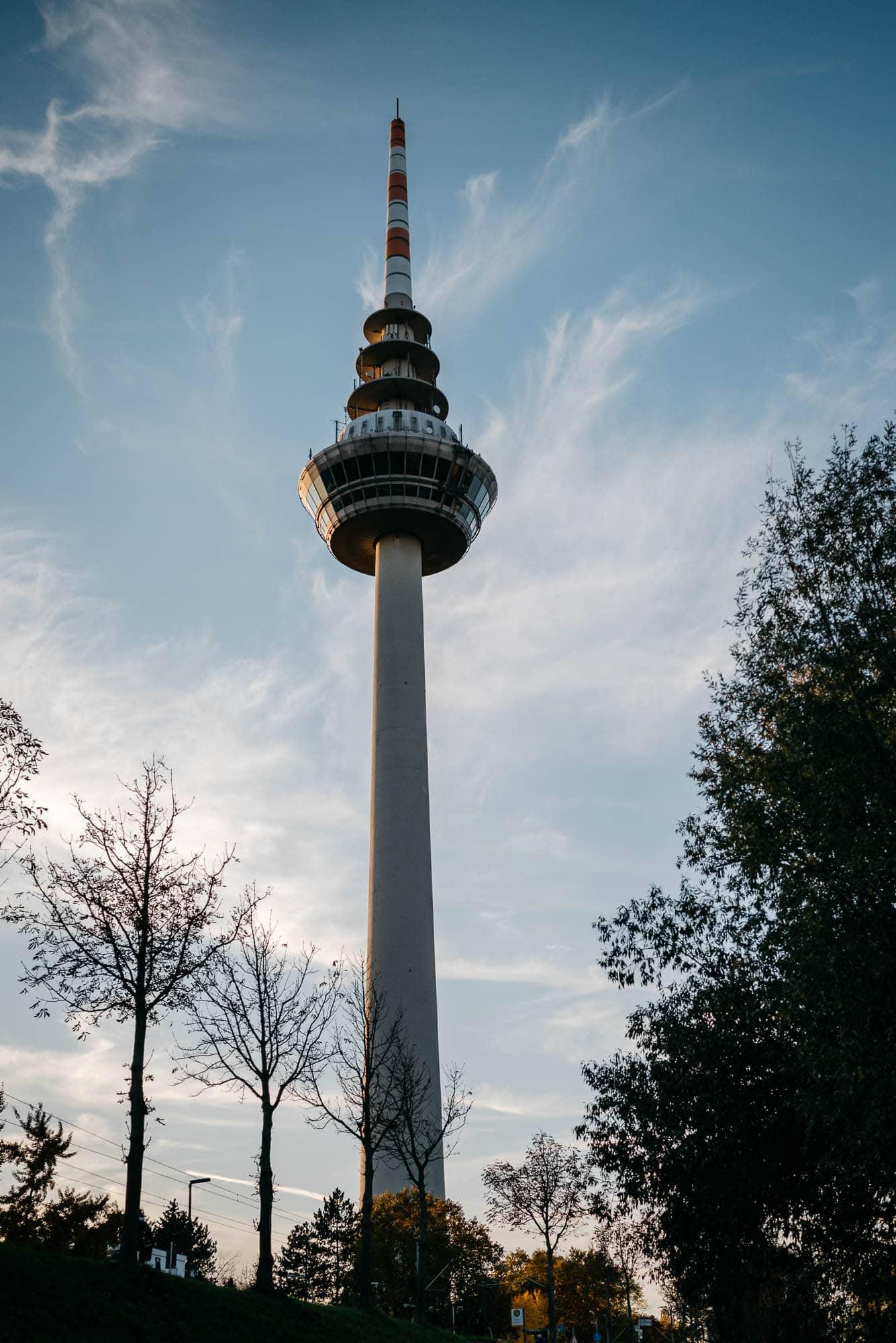 Hochzeit-Mannheim-Nekar-Fernmeldeturm